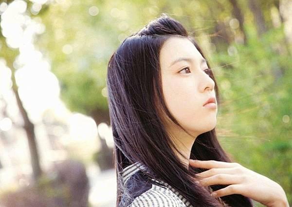 三吉彩花_030