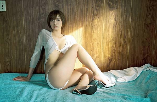 芹那_597