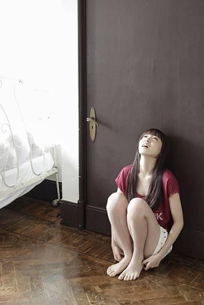 飯豊まりえ_012.jpg