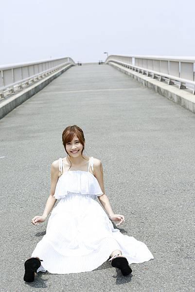 佐野ひなこ_213.jpg