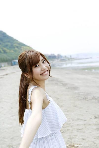 佐野ひなこ_220.jpg