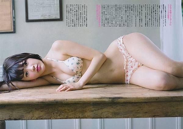 宮脇咲良_168.jpg