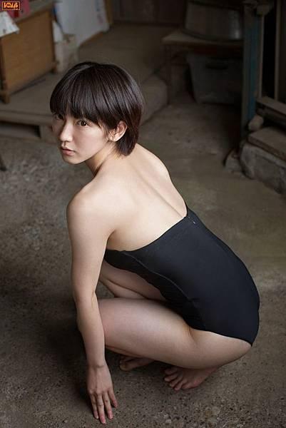 吉岡里帆_009.jpg