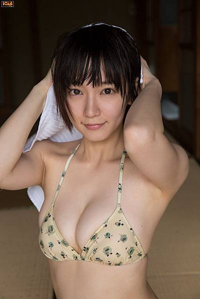 吉岡里帆_021.jpg