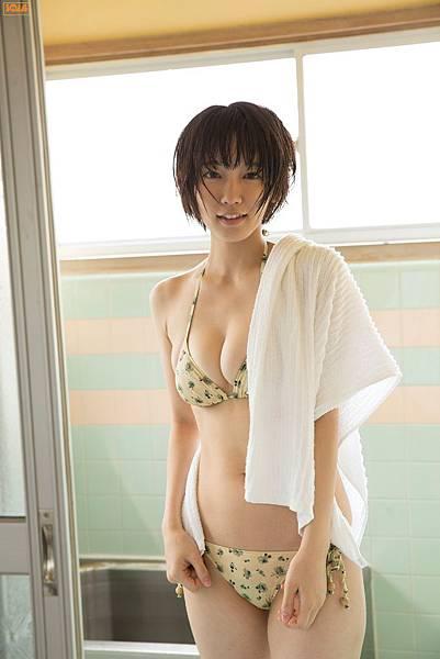 吉岡里帆_025.jpg