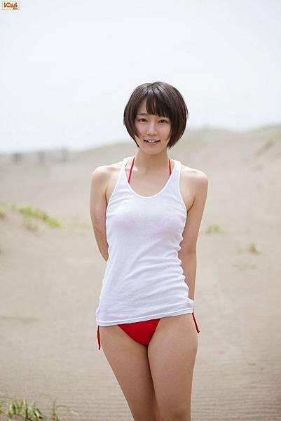 吉岡里帆_040.jpg