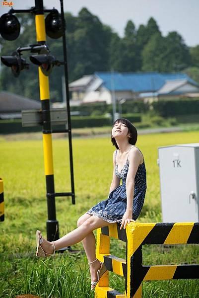 吉岡里帆_059.jpg
