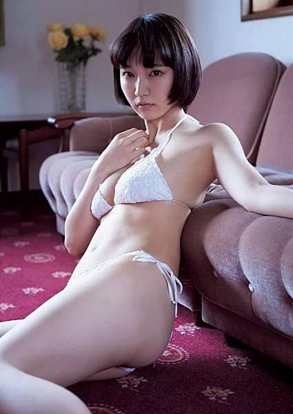 吉岡里帆_083.jpg