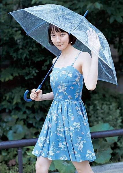吉岡里帆_082.jpg
