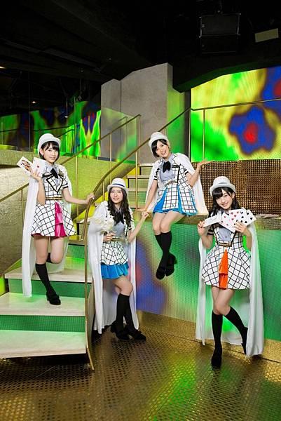 AKB48_1976.jpg