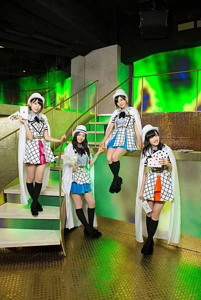 AKB48_1981.jpg