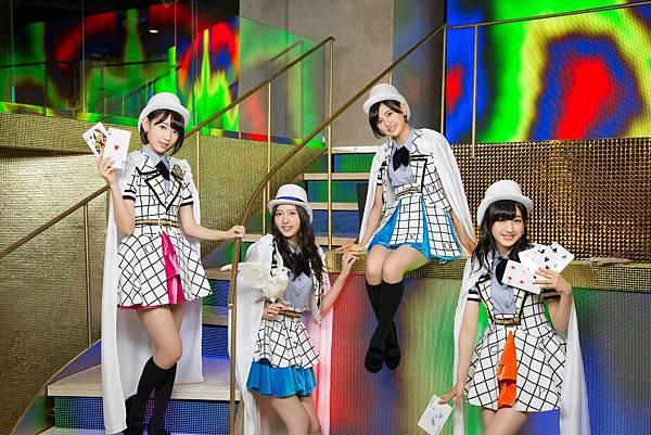 AKB48_1983.jpg