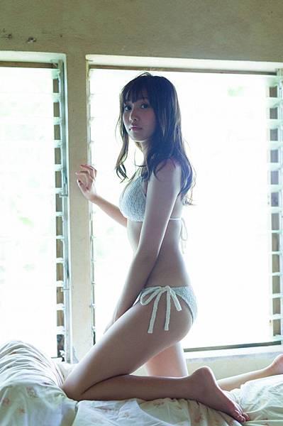 佐野ひなこ_341.jpg