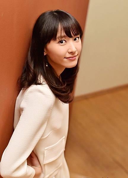 新垣結衣_574.jpg