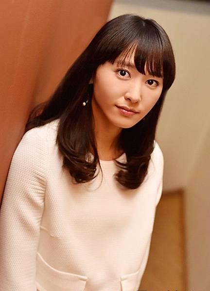 新垣結衣_575.jpg