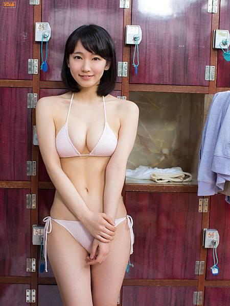 吉岡里帆_128.jpg