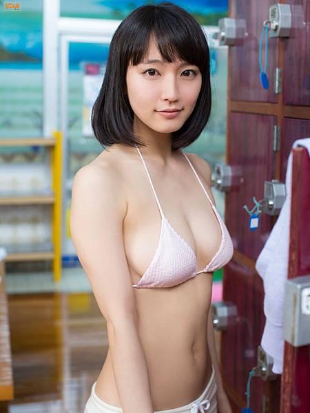 吉岡里帆_127.jpg