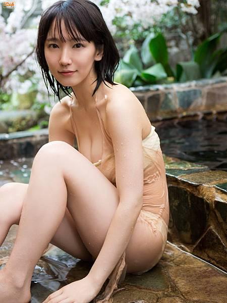吉岡里帆_179.jpg