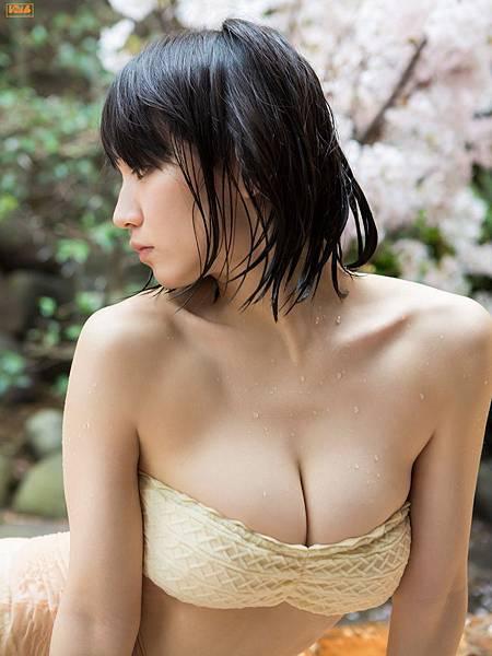 吉岡里帆_185.jpg