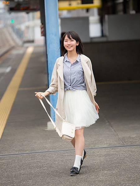 吉岡里帆_203.jpg