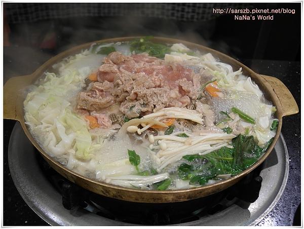 韓國烤肉熱呼呼的烤