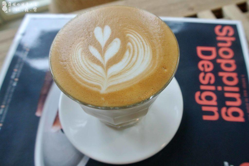 轉咖啡烘焙小白拿鐵咖啡桃園高鐵青埔國小平價咖啡館.jpg