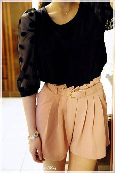 dot_blouse2.JPG