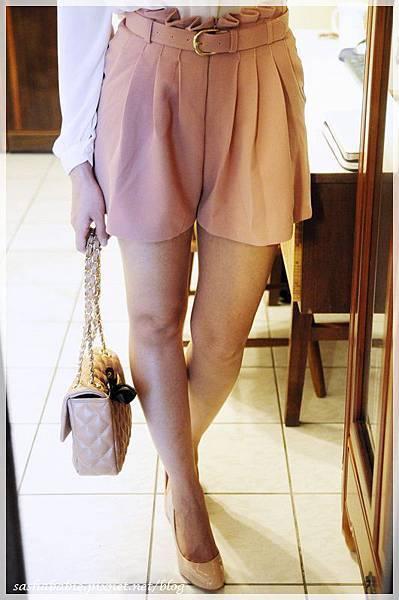 pinkshorts_1.JPG