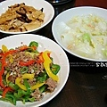 dinner肉末彩椒、味增魯豆包、開陽白菜、香菇筍湯
