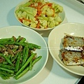 白花菜、乾扁四季豆、煎白帶魚、苦瓜排骨湯