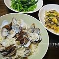 蛤利義大利麵、菠菜、蛋煎蚵阿