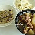 蘿蔔滷肉、筊白筍、煎小魚、魚乾豆腐味增湯