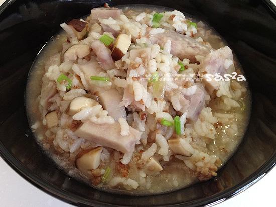 香菇芋頭肉末粥