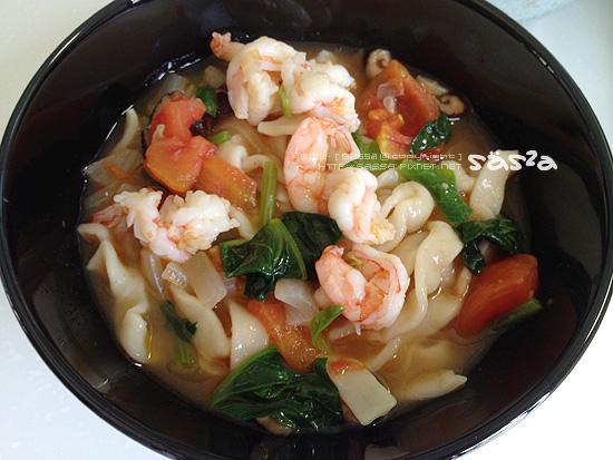 波菜番茄鮮蝦(魚、蝦高湯)