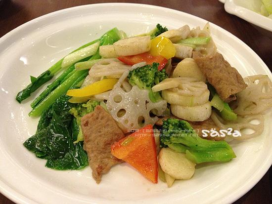 好吃滴不知名的炒蔬菜
