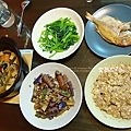 還在適應煮少少量的餐點:菠菜、魚、豆包蒸肉、魚香茄子