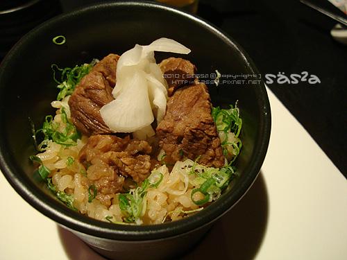 京燒牛肉飯 (美國)