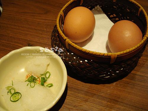 蘿蔔泥與有機雞蛋
