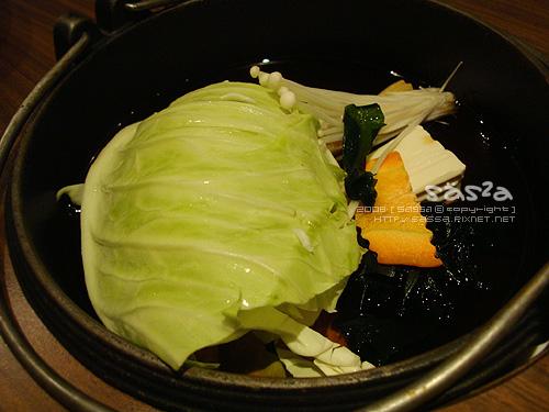 蔬菜下鍋囉