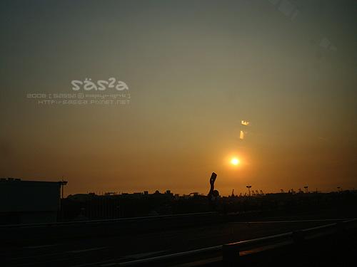 高雄機場國際線出境走廊