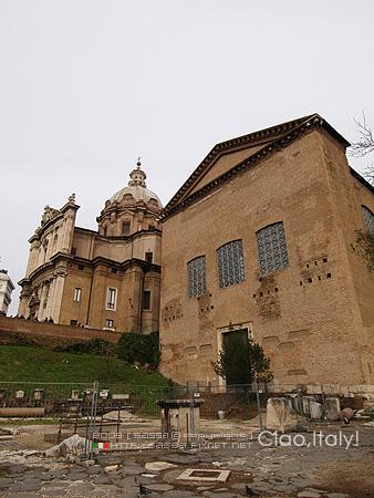 元老院Curia