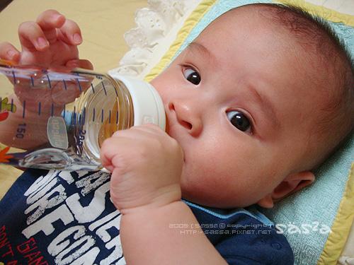 第一次喝水