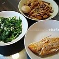 金線蓮、莧菜、滷雞翅
