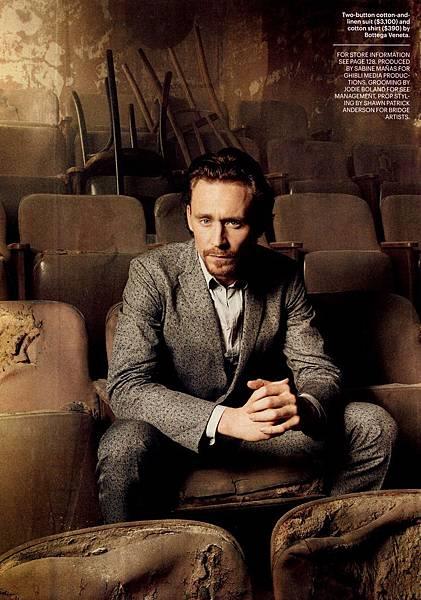 Tom-Hiddleston-in-Esquire-tom-hiddleston-28358581-1023-1402