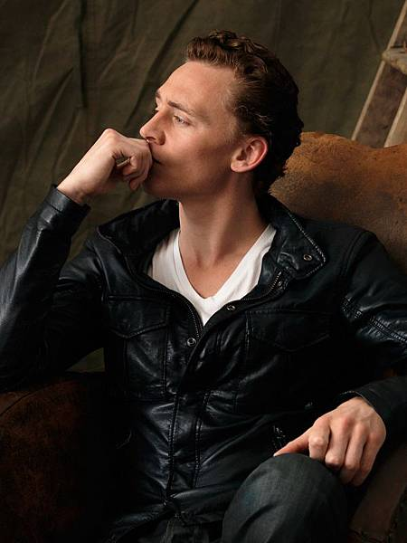 Tom-Hiddleston-tom-hiddleston-31217706-600-800