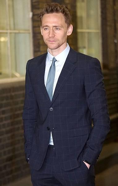 FFN_Hiddleston_Tom_FLYNETUK_041113_51064624.jpg