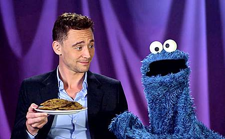 tom-hiddleston-cookie-monster