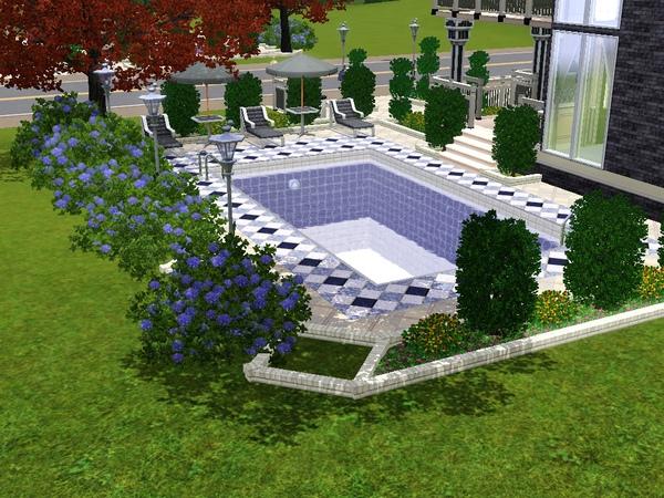 花園及游泳池.jpg