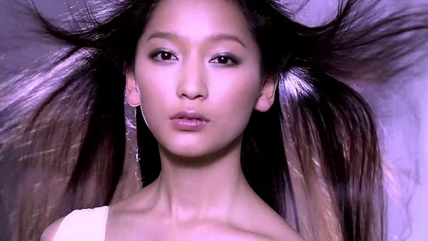 [HD資生堂廣告1] 白色Tsubaki 洗髮乳CM.avi_000003720.jpg