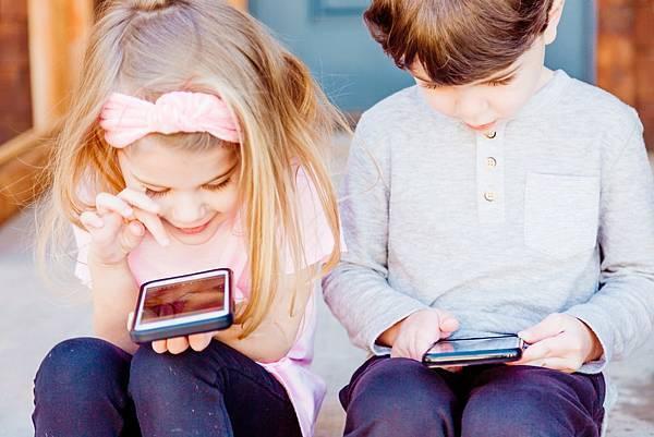 蘋果為了守護兒童遠離色情開發最新AI卻惹來隱私爭議?!(下)